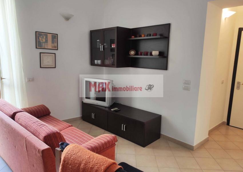Pesaro, zona Centro storico - Appartamento in Vendita   Foto 2