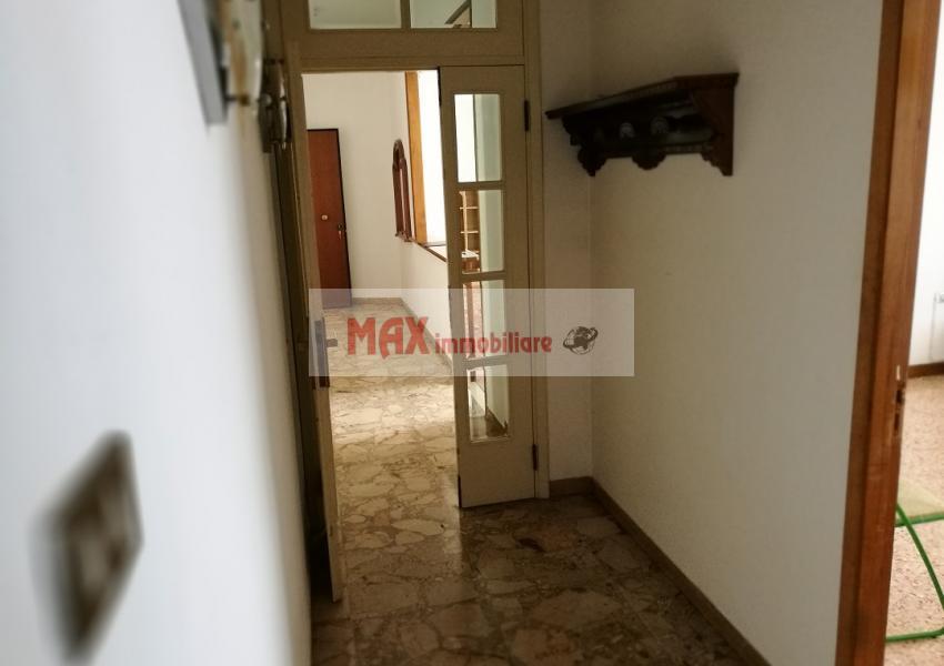 Pesaro, zona Loreto - Appartamento in Vendita | Foto 6
