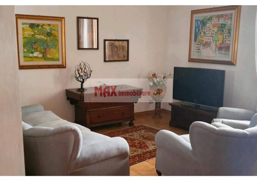 Pesaro, zona Centro storico, Appartamento in Affitto