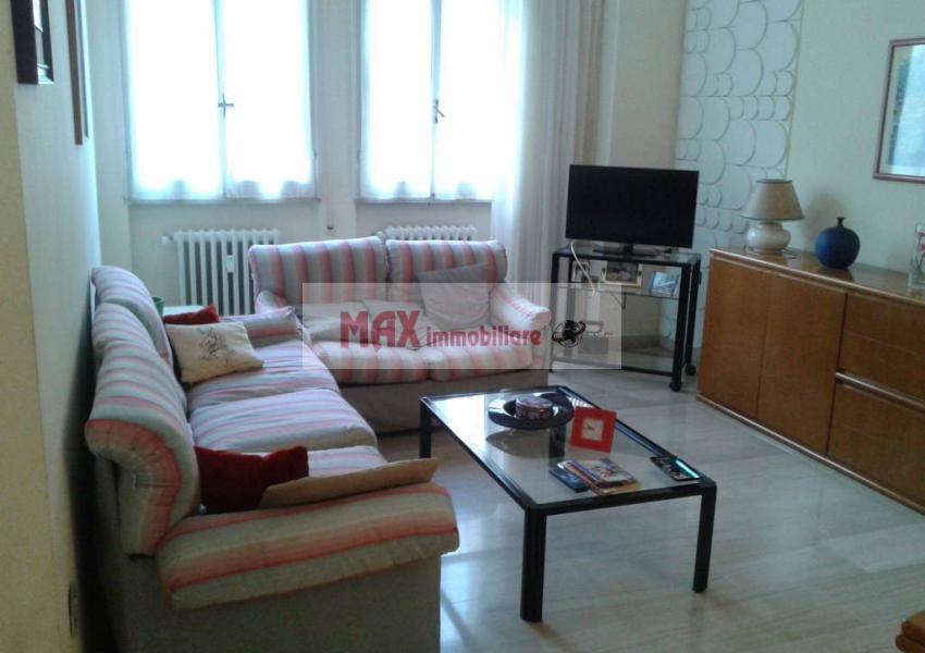 Pesaro, zona Montegranaro - Appartamento in Vendita | Foto 2