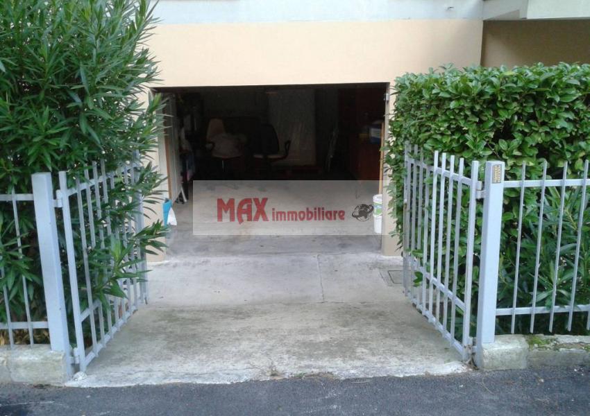 Pesaro, zona Montegranaro - Appartamento in Vendita | Foto 5