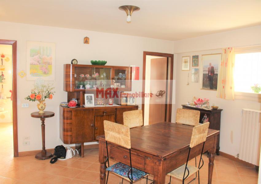 Pesaro, zona Cattabrighe - Appartamento in Vendita   Foto 3