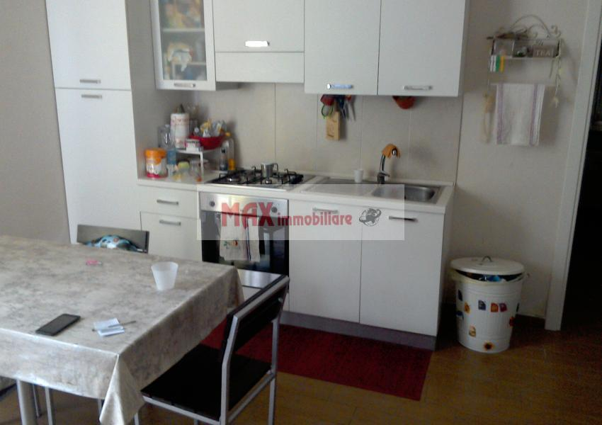Pesaro, zona Montegranaro, Appartamento in Affitto