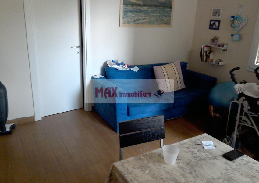 Pesaro, zona Montegranaro - Appartamento in Affitto   Foto 2