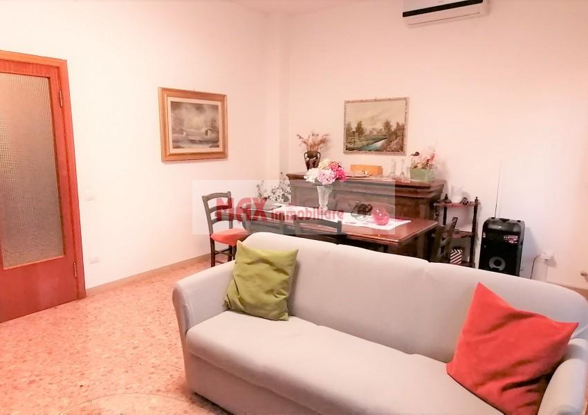 Pesaro, zona Pantano Bassa, Appartamento in Vendita