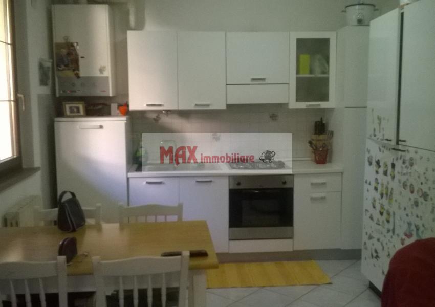Pesaro, zona Villa Ceccolini, Appartamento in Affitto