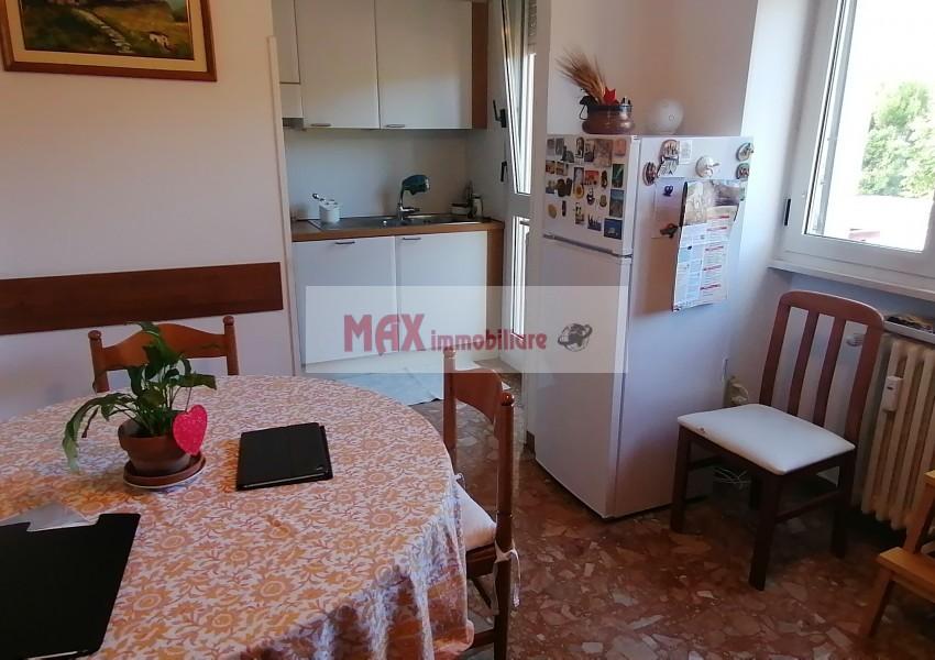 Pesaro, zona Loreto - Appartamento in Vendita | Foto 1
