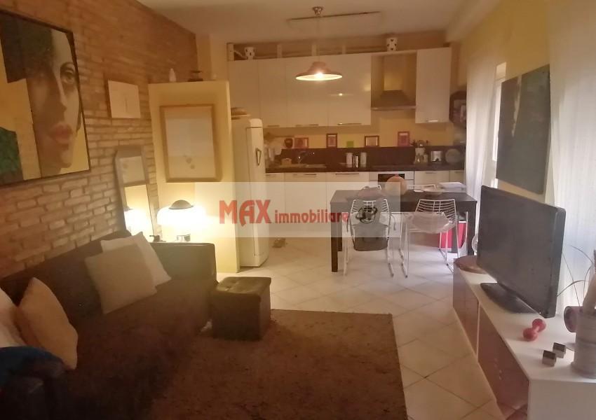 Pesaro, zona Centro - Appartamento in Vendita | Foto 2