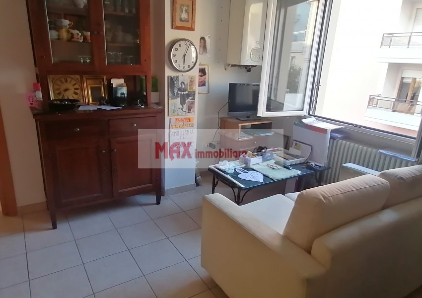 Pesaro, zona Pantano Bassa - Appartamento in Vendita   Foto 1