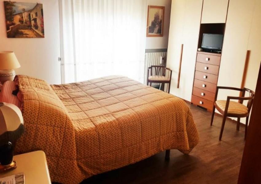 Pesaro, zona Cattabrighe - Appartamento in Vendita | Foto 6