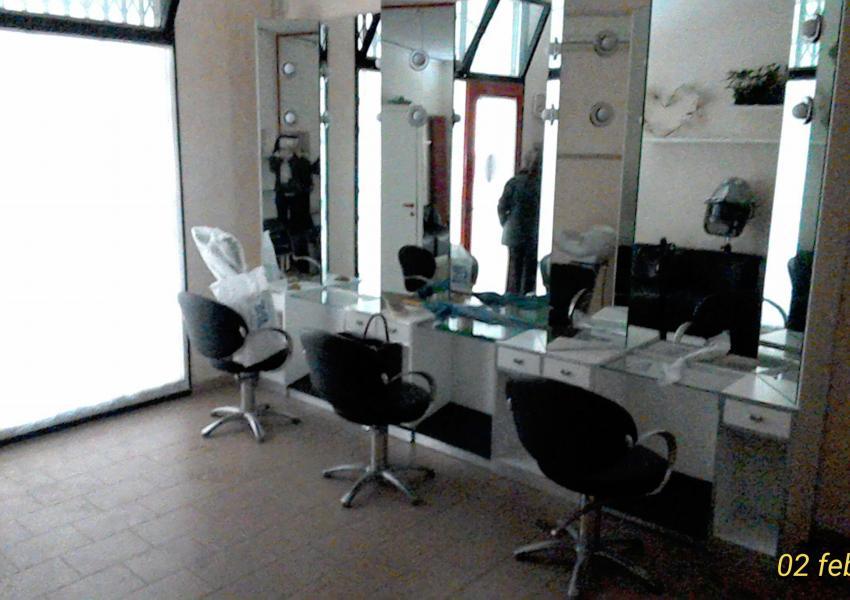 Pesaro, zona Centro ZTL, Negozio in Affitto