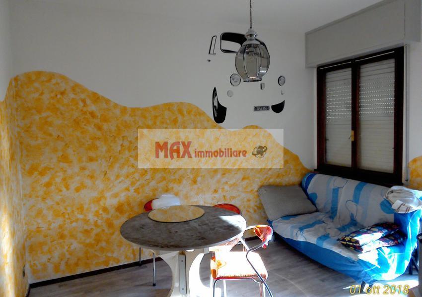 Pesaro, zona Mare, Appartamento in Affitto