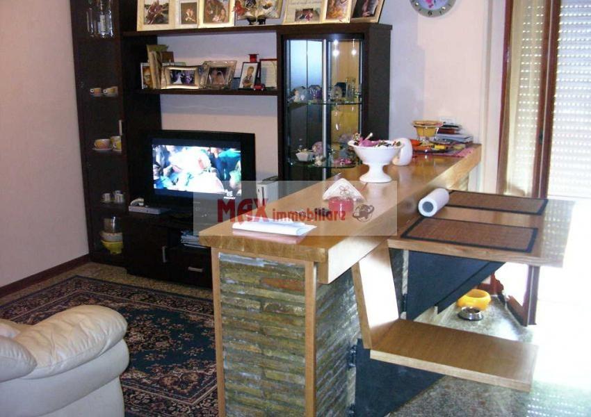 Montelabbate, zona Montelabbate - Appartamento in Vendita | Foto 1