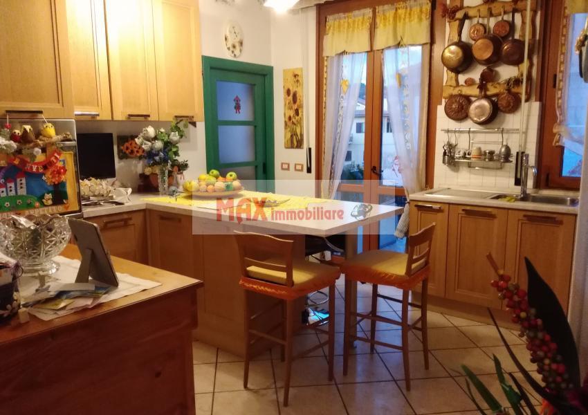Pesaro, zona Tombaccia - Appartamento in Vendita | Foto 3