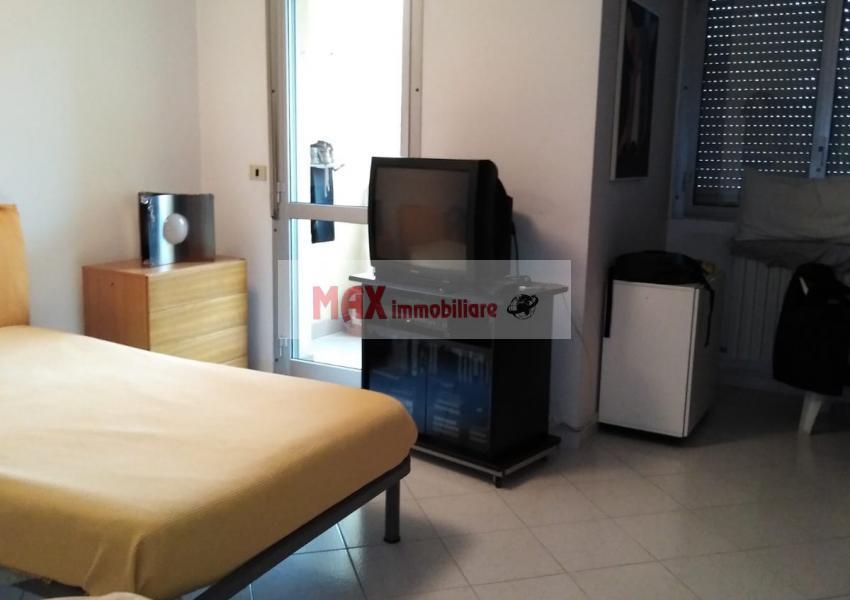 Pesaro, zona Villa San Martino - Appartamento in Vendita | Foto 11