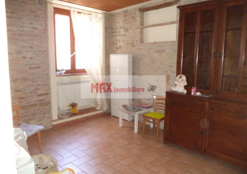 Pesaro, zona Centro ZTL - Appartamento in Affitto | Foto 3