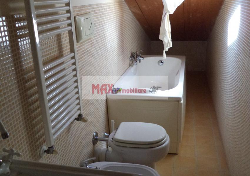 Pesaro, zona Centro ZTL - Appartamento in Affitto | Foto 7