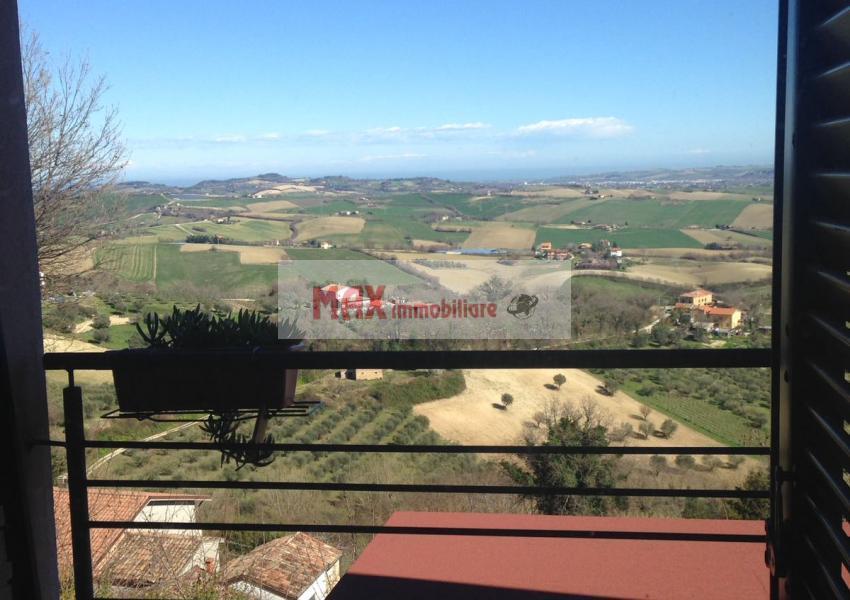 Mombaroccio, zona Mombaroccio periferia - Casa Unifam. / Villa in Vendita | Foto 11