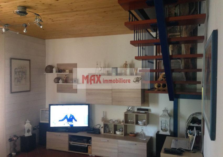 Mombaroccio, zona Mombaroccio periferia - Casa Unifam. / Villa in Vendita | Foto 2