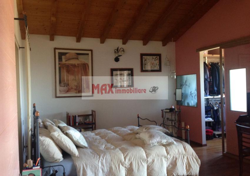Mombaroccio, zona Mombaroccio periferia - Casa Unifam. / Villa in Vendita | Foto 5