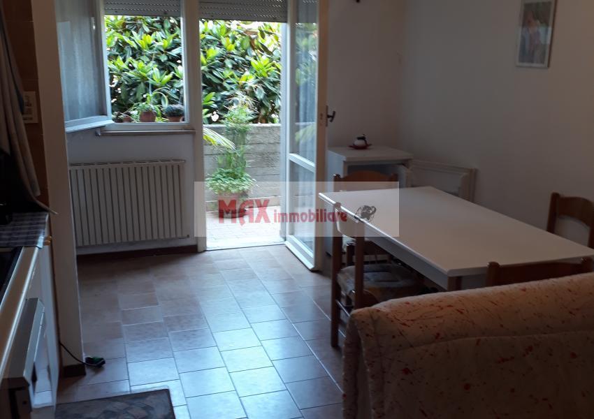 Pesaro, zona Ledimar, Appartamento in Vendita