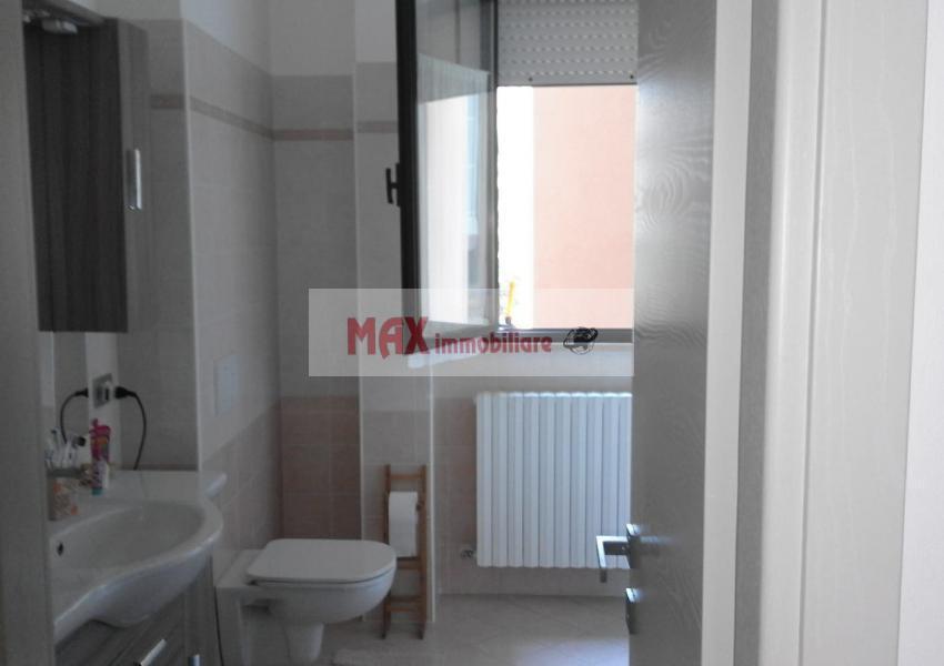 Pesaro, zona Vismara - Appartamento in Vendita | Foto 7