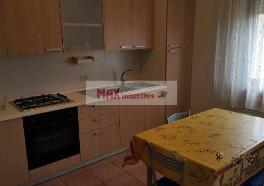 Pesaro, zona Loreto, Appartamento in Vendita