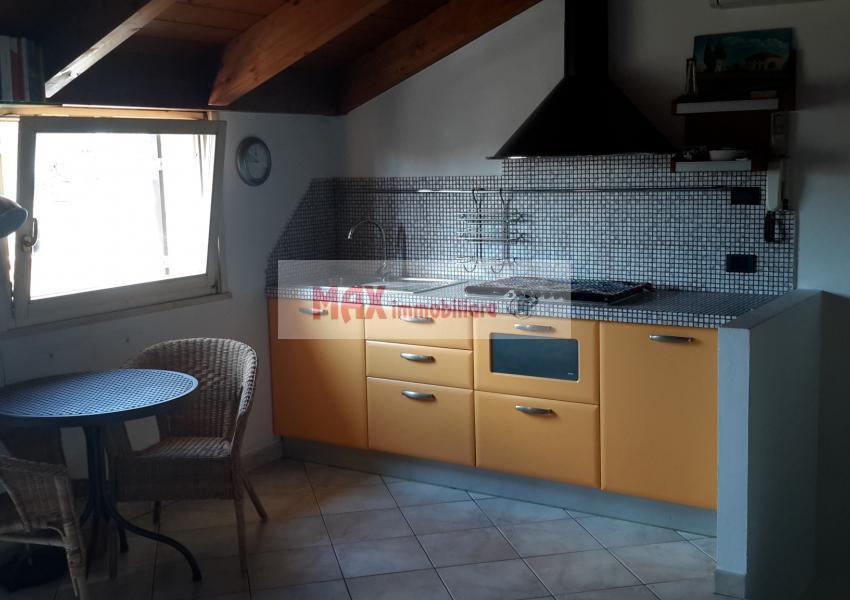 Pesaro, zona Muraglia - Casa Schiera / Porz.Casa in Vendita | Foto 4