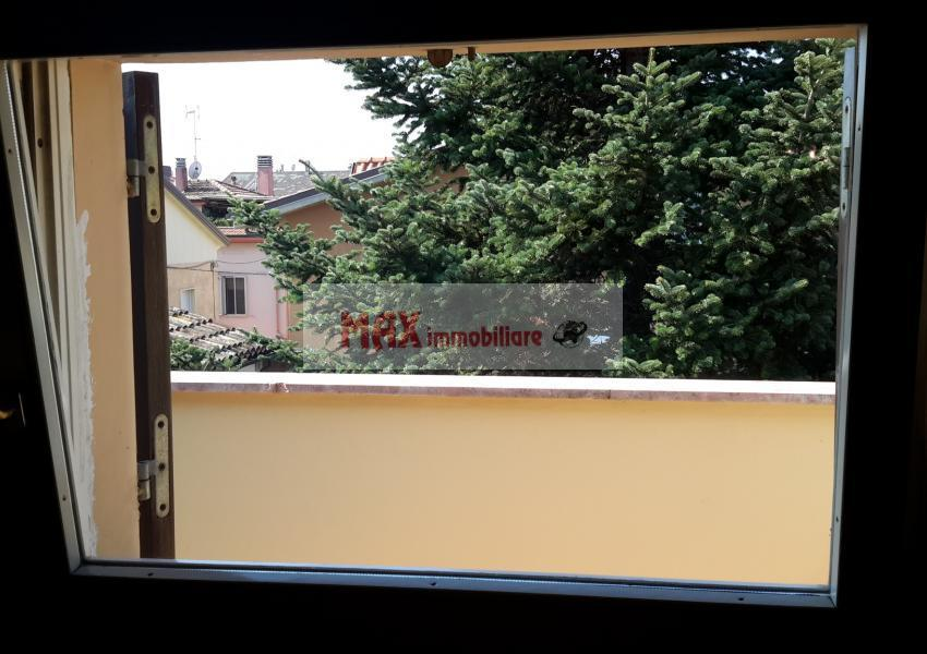 Pesaro, zona Muraglia - Casa Schiera / Porz.Casa in Vendita | Foto 6
